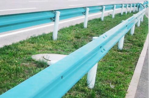 喷塑双波公路护栏板