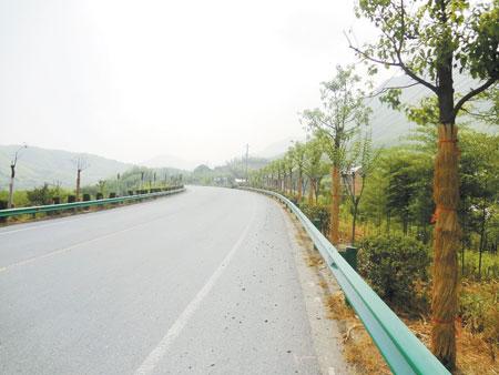 高速路喷塑波形护栏