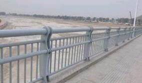 人行道波形防撞护栏