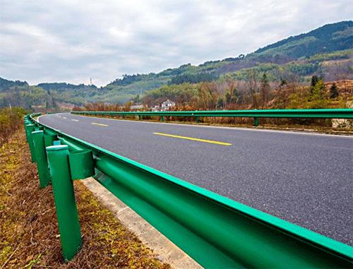 公路波形护栏版